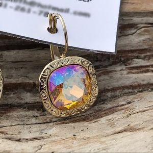 Jewelry - Handcrafted earrings with Swarovski crystal